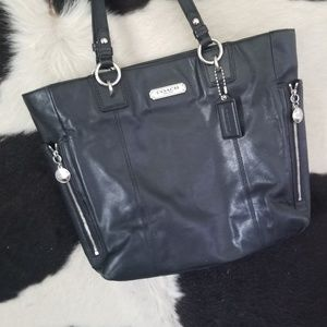Coach Bags - Coach Gallery Black Leather Tote Bag